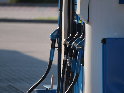 dts_image_3351_ppmfoeskdq_2172_400_300 Hohe Benzinpreise: Ökonomen warnen vor Konjunktureinbruch