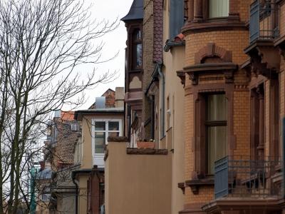 dts_image_4479_jkrjptgmjd_2172_400_300 Umfrage: Jeder Dritte hat Angst vor einer Immobilienblase