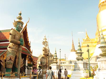 Thailand vor Neuwahlen: Parlament wird aufgelöst