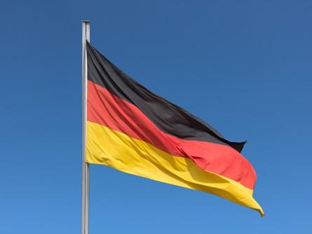 Bundestag debattiert über Regeln für Wechsel in Wirtschaft