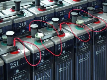 AEG Power Solutions stellt drahtloses Batterie-Management-System vor