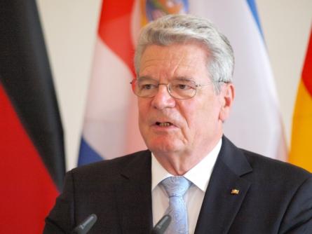 Stegner kritisiert neue Attacken auf Gauck