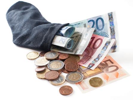 Tropfen auf den heißen Stein, Kommentar zur Negativ-Verzinsung bei der Commerzbank von Björn Godenrath
