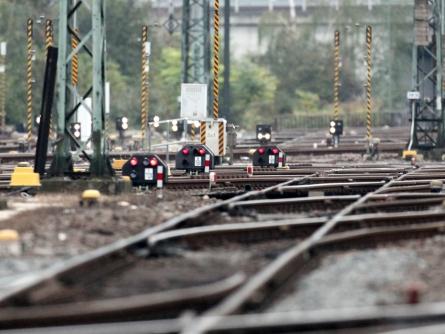 EVG: Vorerst keine Warnstreiks bei der Bahn