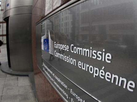 EU-Kommission will US-Fahrdienst Uber beispringen