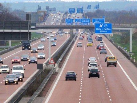 Kraftfahrt-Bundesamt arbeitet bereits an Umsetzung der Pkw-Maut