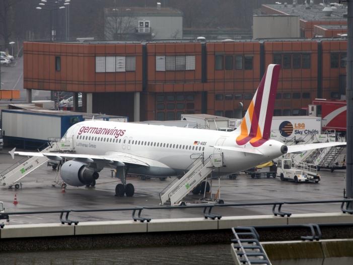 Germanwings-Absturz: Vater des Copiloten kritisiert Ermittler