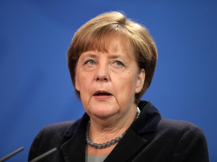 merkel-eigentum-an-daten-regeln Merkel: Eigentum an Daten regeln