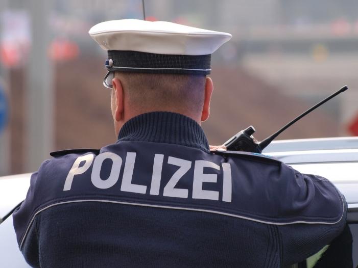 Innenexperten verlangen strenge Grenzkontrollen zur Schweiz